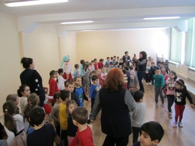 бонбон - ДГ №32 Българче - София